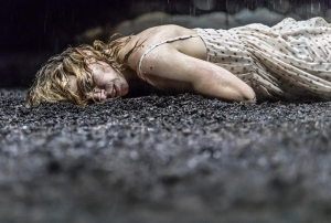 Billie Piper in Yerma at Young reviewed by Paul Seven Lewis